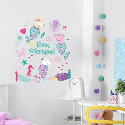 Team Mermaid wall sticker in Peppa Pig theme perfect for decorating a child's bedroom