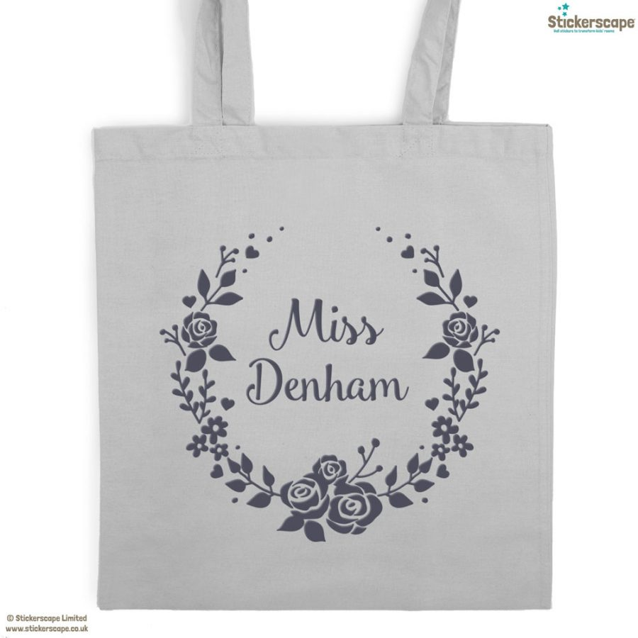 Personalised wreath tote bag (Light grey bag - Anthracite text) | Personalised gifts | Stickerscape | UK