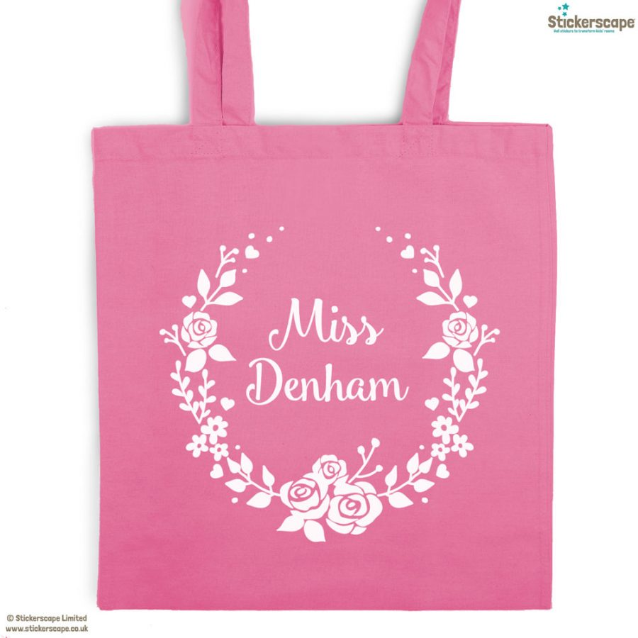 Personalised wreath tote bag (Pink bag - White text) | Personalised gifts | Stickerscape | UK