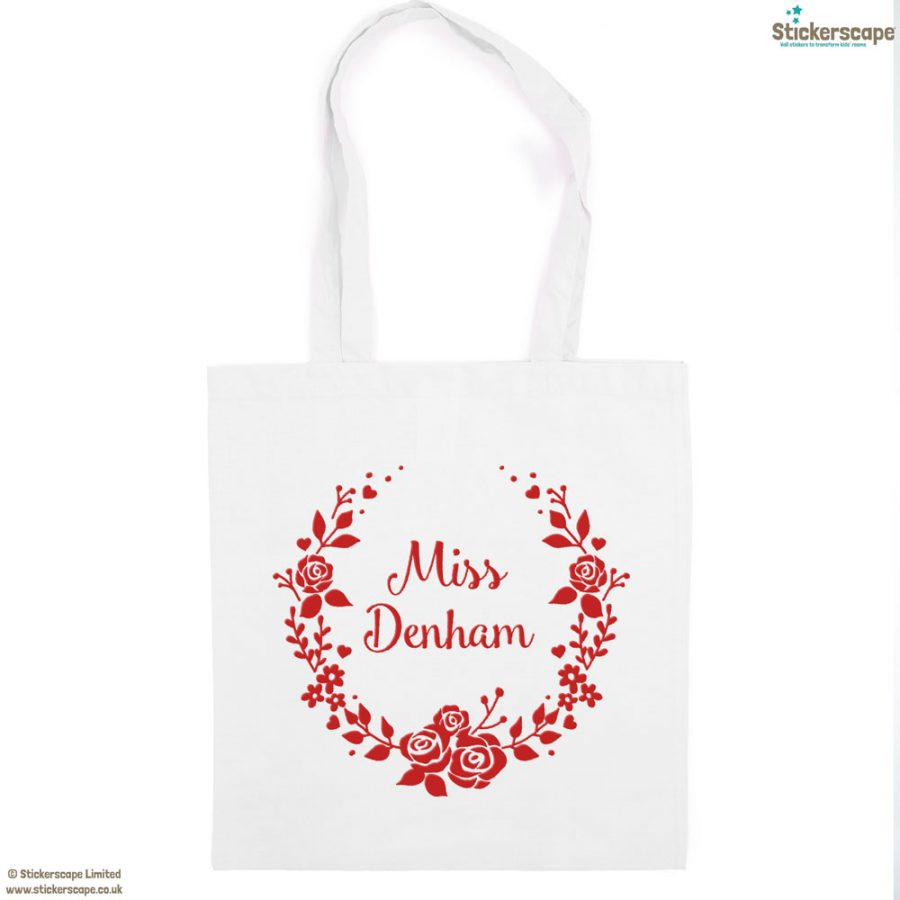 Personalised wreath tote bag (White bag - Red text) | Personalised gifts | Stickerscape | UK