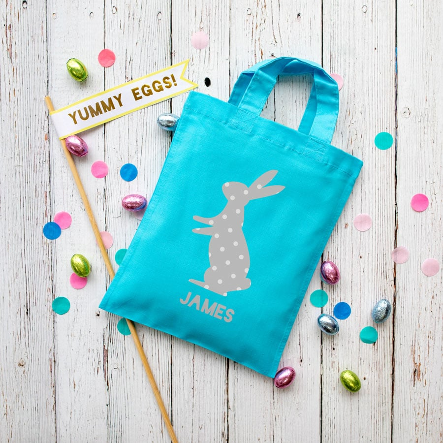 This personalised grey bunny Easter bag in lilac is the perfect way to make your child's Easter egg hunt super special this year