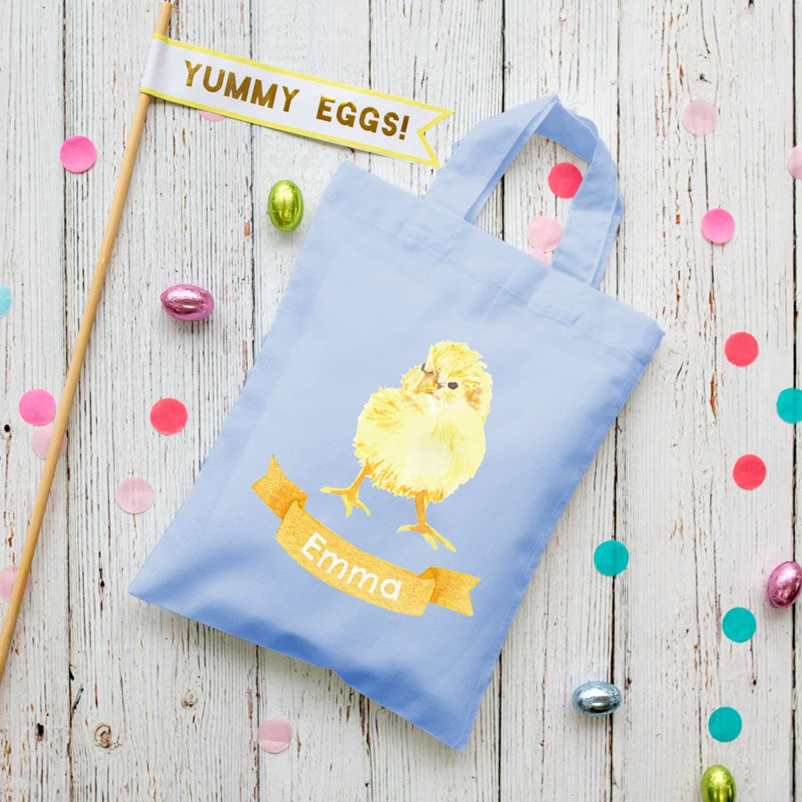 Personalised chick Easter bag (Lilac bag) is the perfect way to make your child's Easter egg hunt super special this year