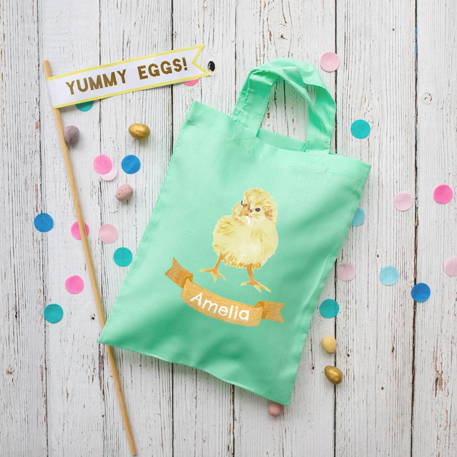 Personalised chick Easter bag (Mint bag) is the perfect way to make your child's Easter egg hunt super special this year