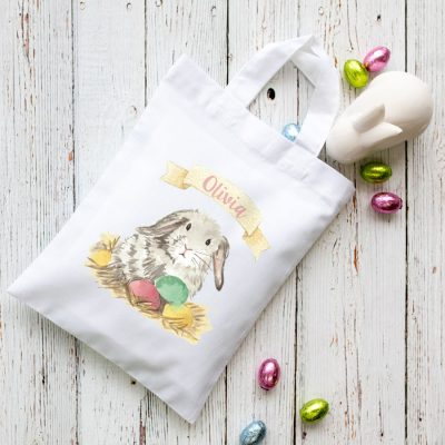 Personalised bunny Easter bag (White bag) is the perfect way to make your child's Easter egg hunt super special this year