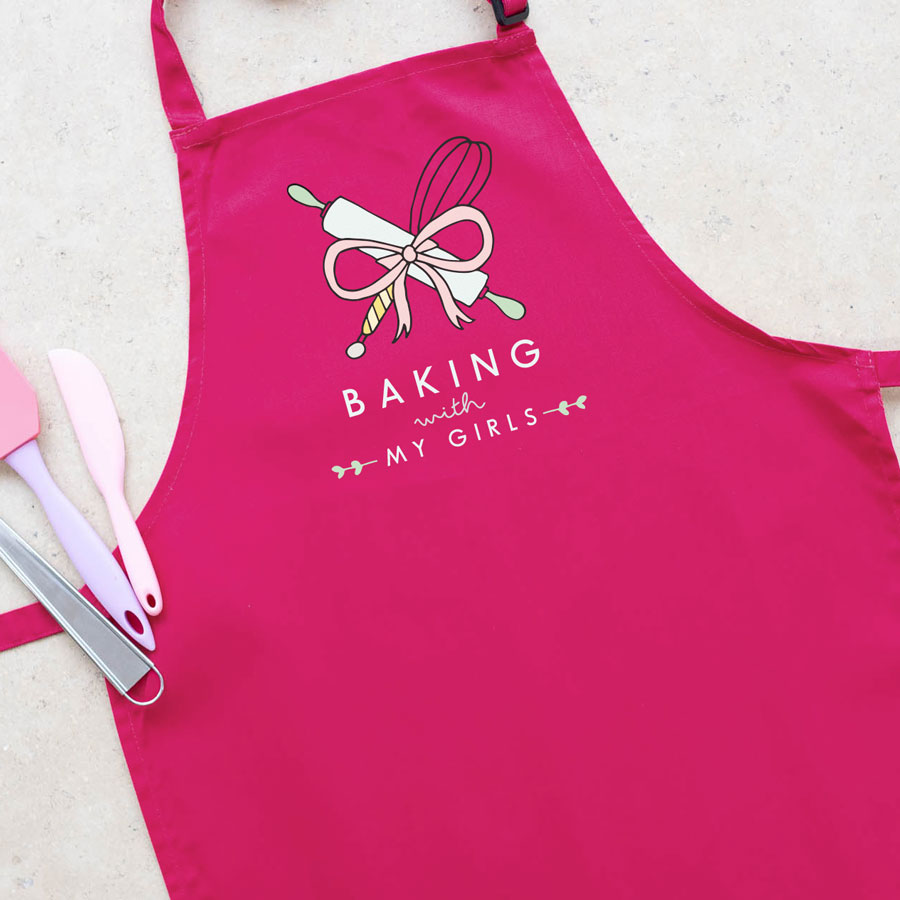 Personalised baking apron (Adult - Pink) is a perfect gift for a keen baker and fully personalisable with a name of your choice