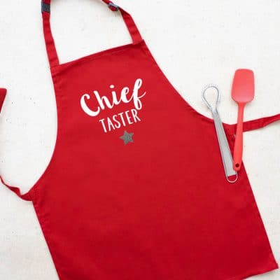 Chief baker child's apron (Red) perfect gift for a child who loves to help out when baking!