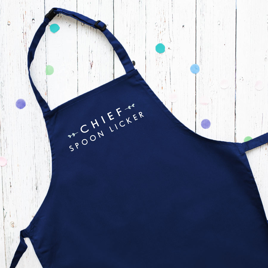 Chief spoon licker apron (Navy) perfect gift for a child who loves to help with baking and cooking