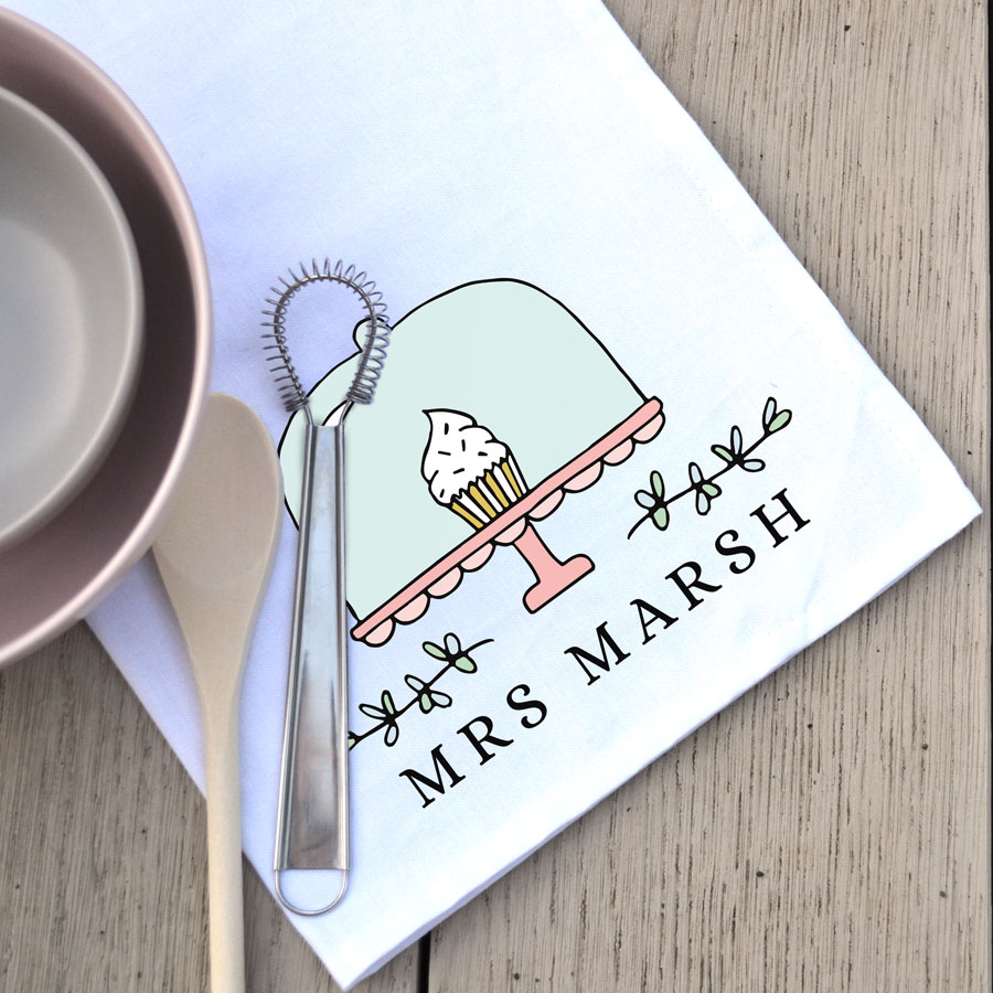 Personalised cake stand tea towel (White) is a perfect gift for a baker, teacher, family member or friend