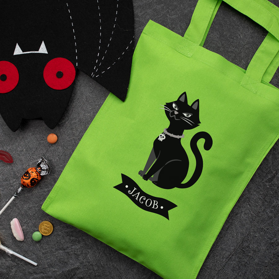 Personalised cat trick or treat bag (Green) perfect for Halloween trick or treat featuring a cat and personalised banner