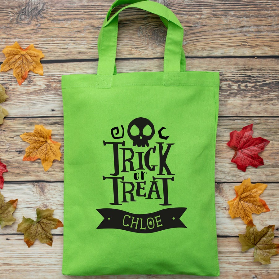 Personalised Halloween trick or treat bag (Green) perfect for Halloween trick or treat featuring trick or treat quote and personalised banner