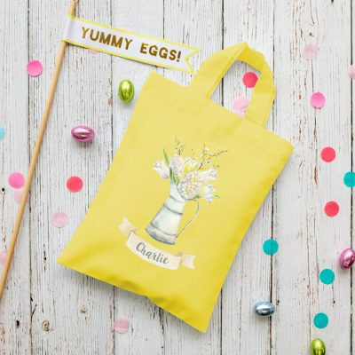Personalised Spring Flowers Easter bag (Yellow) is the perfect way to make your child's Easter egg hunt super special this year