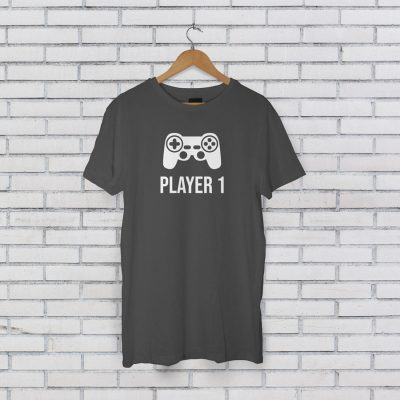 Player 1 Men's T-shirt (Grey) perfect gift for fathers day, birthday or Christmas