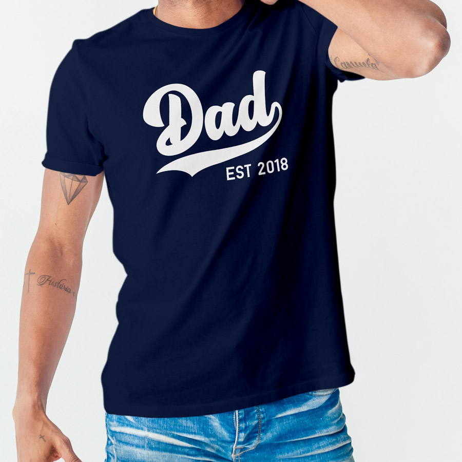 Personalised dad est Men's T-shirt (Navy) perfect gift for fathers day, birthday or Christmas