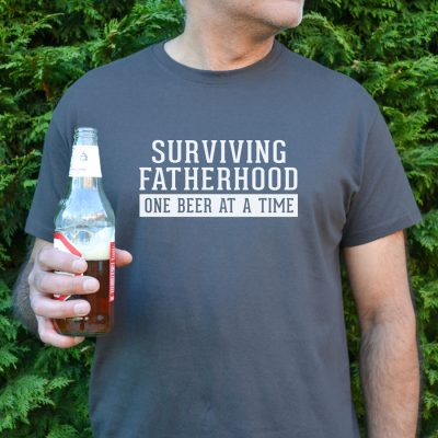 Surviving fatherhood Men's T-shirt (Grey) perfect gift for fathers day, birthday or Christmas