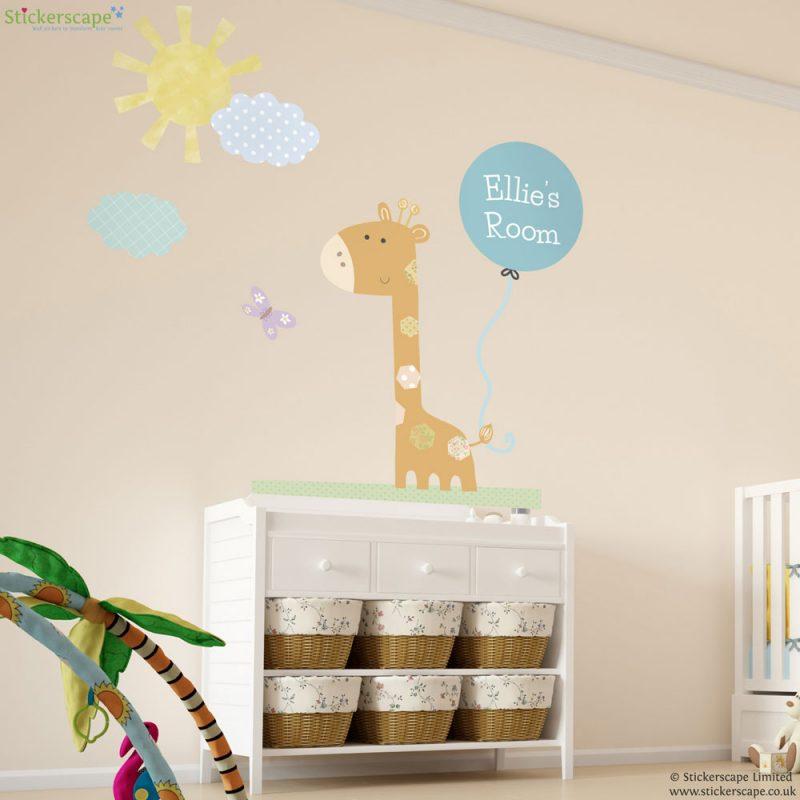 Personalised giraffe wall sticker with balloon