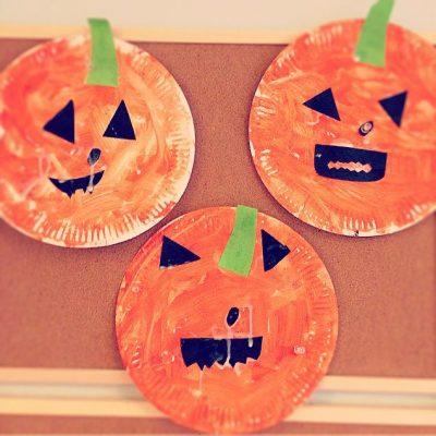 Paper plate pumpkins   Halloween craft ideas for kids   Blog   Stickerscape   UK
